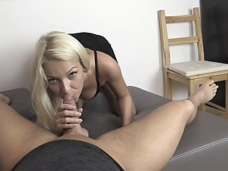 amateur blonde pov